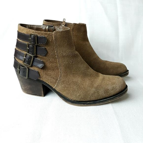 Crown vintage leather ankle booties